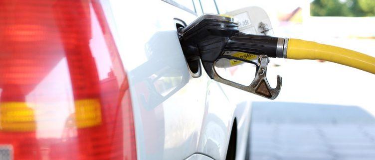 6 tips om geld te besparen op tanken, benzine en diesel
